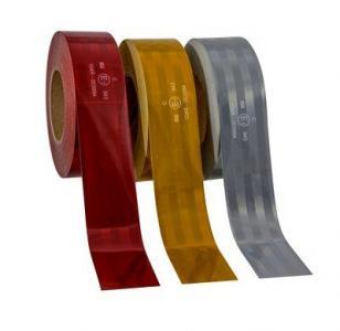 3М Пленка Световозвращающая серия 943-72 для контурной маркировки ТС, красная, 50,8 мм х 50 м
